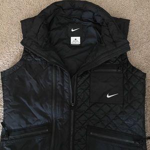Nike Lightweight Full-Zip Vest